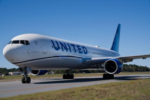 united-airlines-490x326.jpeg